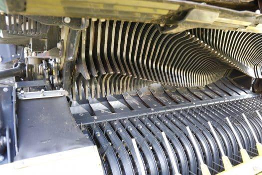 Die hydraulisch angetriebene Pick-up ermöglicht eine Drehzahlsteuerung.